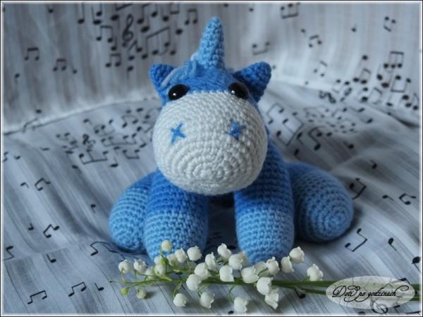 Unicorn03